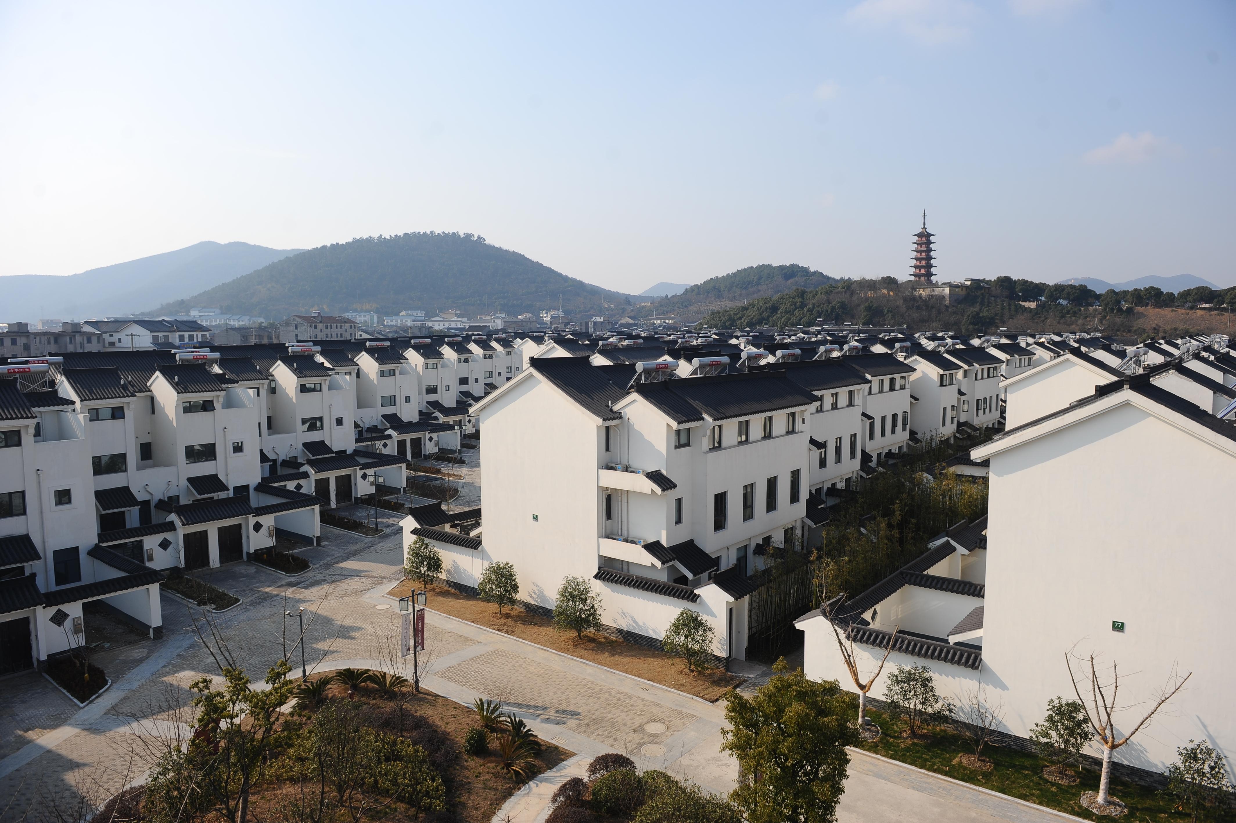 Taihu Garden Court